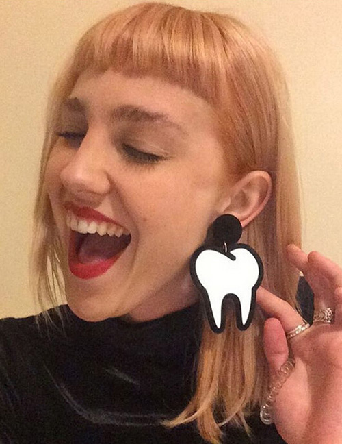 Fashion Black Tooth Shape Decorated Earrings