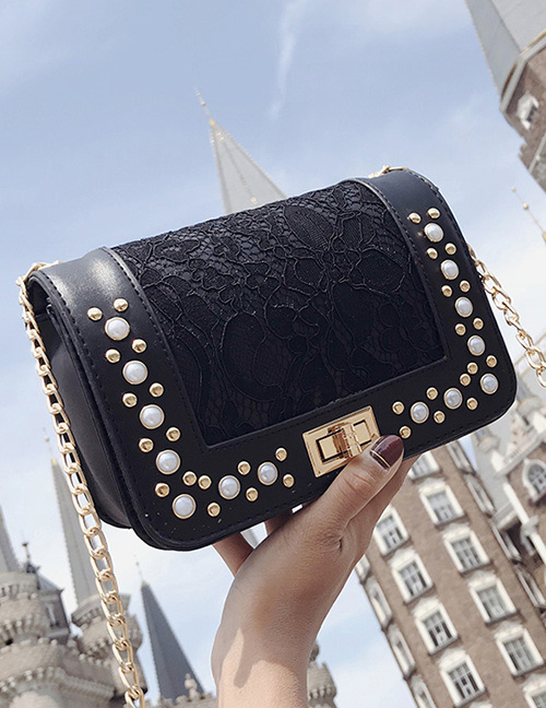 Fashion Black Rivet Decorated Shoulder Bag