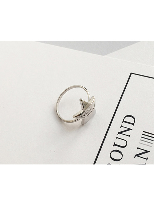 Fashion Silver Color Star Shape Decorated Ring