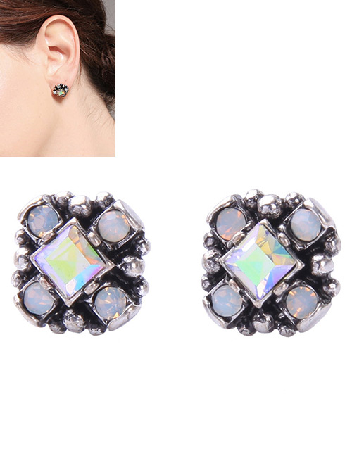 Elegant Multi-color Diamond Decorated Flower Shape Earrings