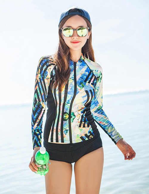 Sexy Multi-color Stripe Pattern Decorated Casual Swimsuit(3pcs)
