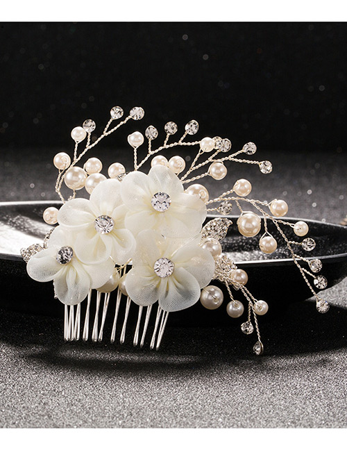 Elegant White Flowers&pearls Decorated Hair Comb