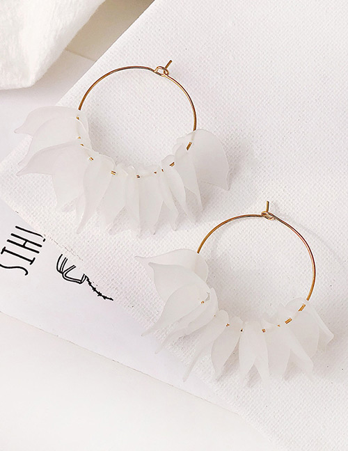 Fashion White Petal Decorated Round Earrings