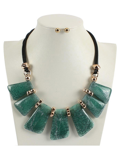Fashion Green Square Shape Decorated Necklace