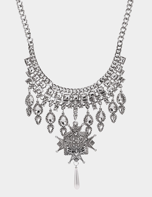 Elegant Silver Color Water Drop Shape Decorated Necklace