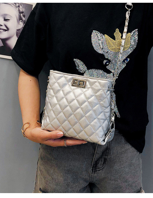 Fashion Silver Color Buckle Decorated Pure Color Shoulder Bag