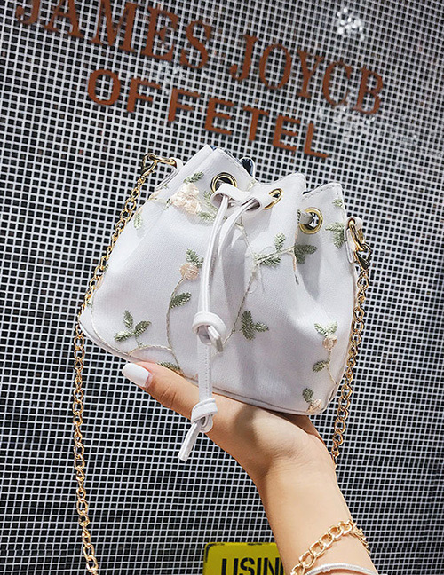Fashion White Flower Pattern Decorated Shoulder Bag