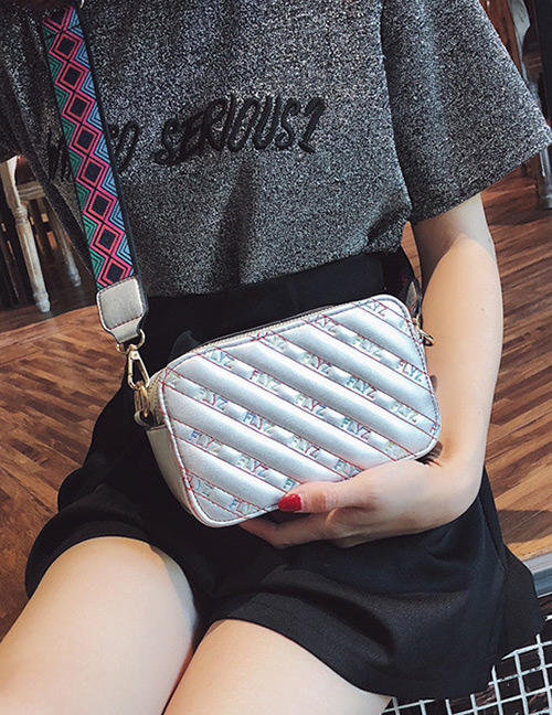 Fashion Silver Color Square Shape Decorated Shoulder Bag