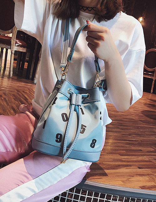 Fashion Blue Letter Pattern Decorated Shoulder Bag
