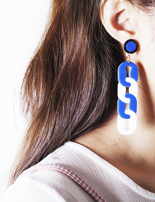 Fashion Blue+white Oval Shape Decorated Earrings
