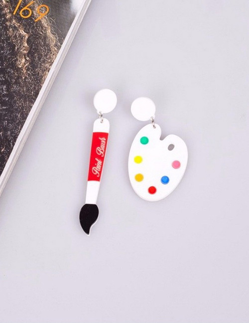Fashion White Pigment Pen Pendant Decorated Earrings