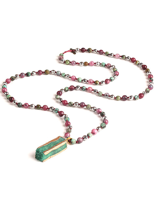 Trendy Green Square Shape Gemstone Decorated Necklace