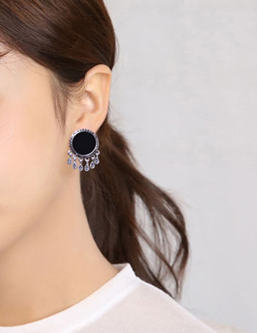 Fashion Black Tassel Decorated Round Shape Earrings