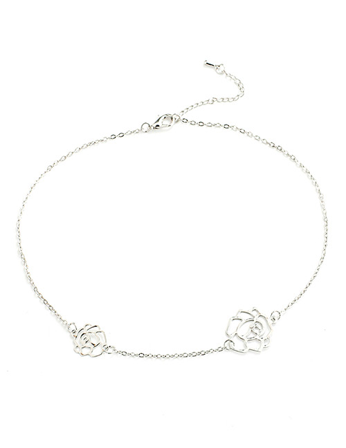 Fashion Silver Color Flowers Pendant Decorated Necklace