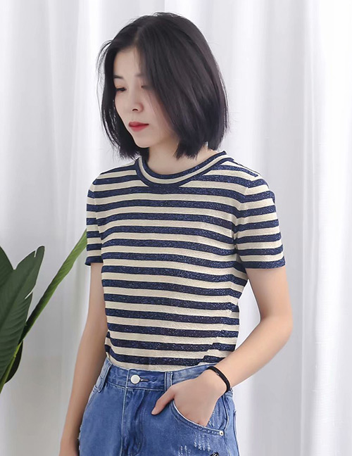 Fashion Black+white Stripe Pattern Design Knitted Shirt