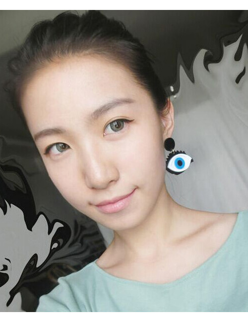 Exaggerated Blue Eyes Shape Design Simple Earrings