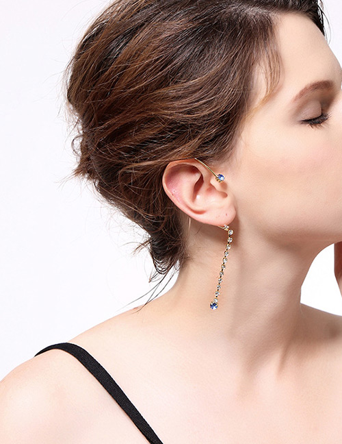 Fashion Blue Diamond Decorated Earrings