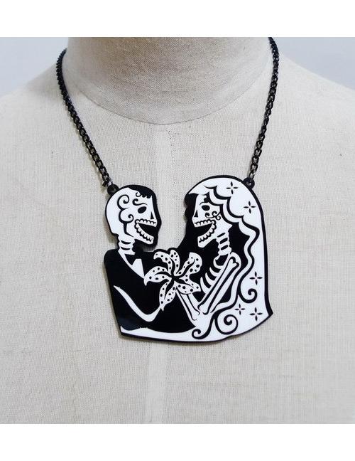 Fashion Black Skull Shape Decorated Necklace