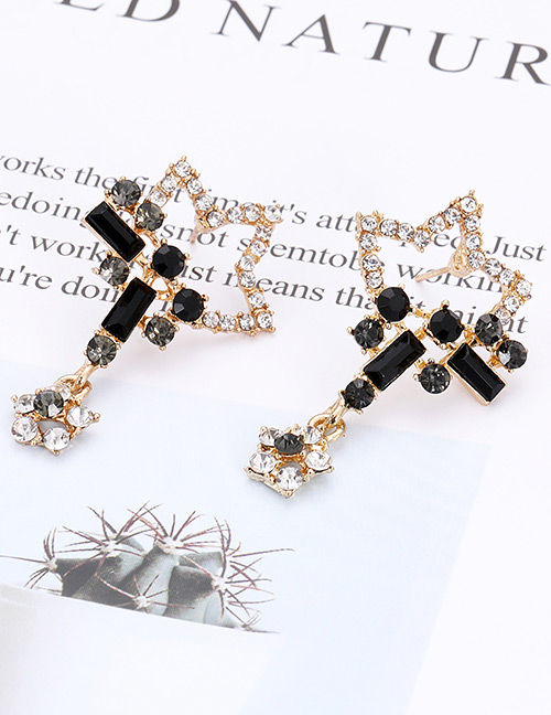 Elegant Black Star Shape Design Hollow Out Earrings