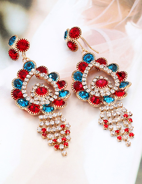 Elegant Red Water Drop Shape Diamond Design Earrings