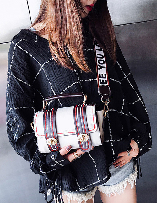 Trendy White Buckle Decorated Shoulder Bag