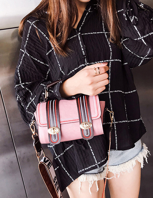 Trendy Pink Buckle Decorated Shoulder Bag