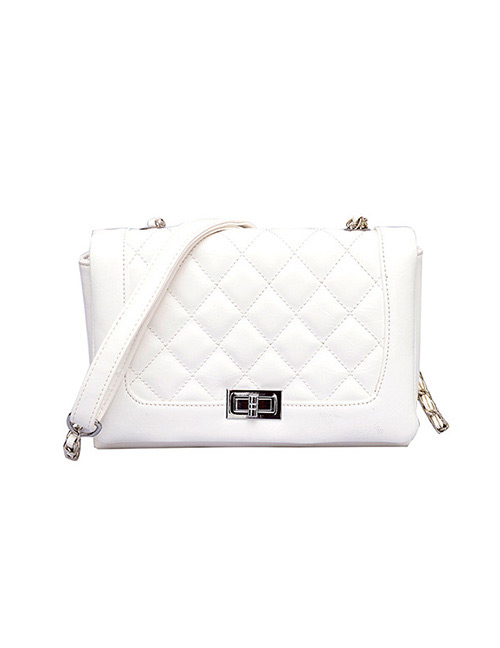 Fashion White Buckle Shape Decorated Shoulder Bag