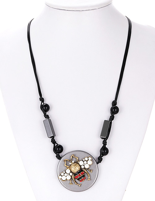 Fashion Gun Black Inset Shape Decorated Necklace
