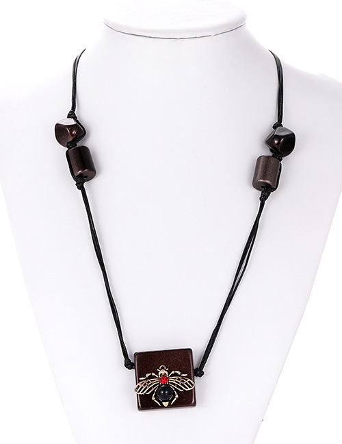Fashion Brown Inset Shape Decorated Necklace