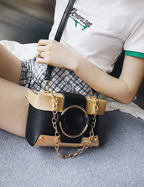 Fashion Gold Color Circular Ring Decorated Shoulder Bag