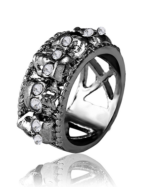 Fashion Black Skull Shape Decorated Ring