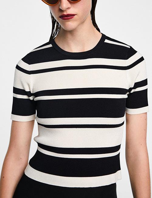 Fashion Black+white Stripe Pattern Decorated Sweater
