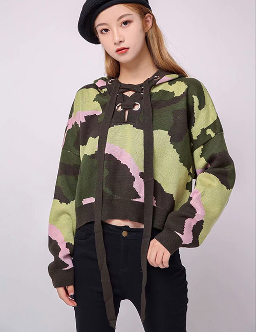 Trendy Olive Camouflage Pattern Decorated Knitted Sweater