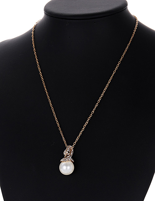 Fashion Gold Color Pearls&diamond Decorated Necklace
