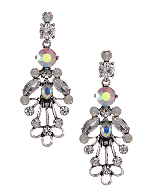 Fashion White Diamond Decorated Earrings