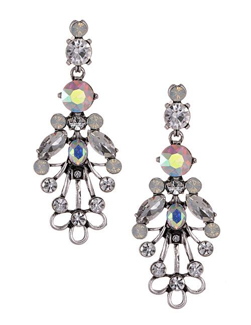 Fashion White Diamond Decorated Earrings