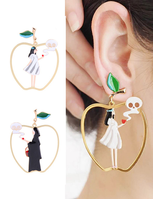 Fashion Gold Color Apple Shape Decorated Earrings