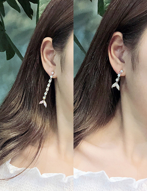 Fashion Multi-color Dolphin Tail Shape Design Earrings