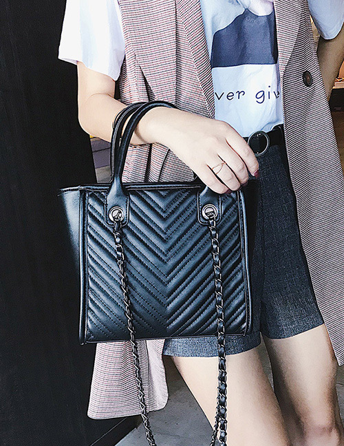 Fashion Black Pure Color Decorated Shoulder Bag