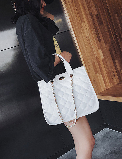 Fashion White Pure Color Decorated Handbag