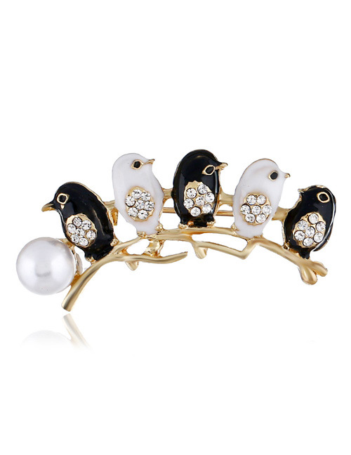 Fashion White Bird Shape Decorated Brooch