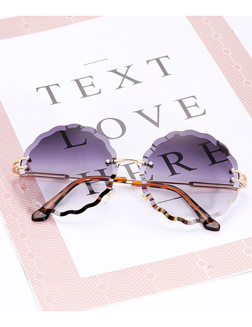 Fashion Black Flower Shape Decorated Sunglasses