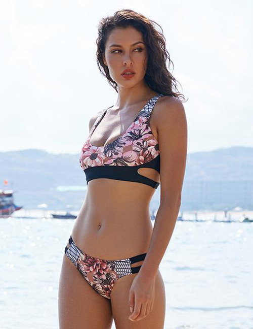 Sexy Multi-color Flower Pattern Decorated Swimwear