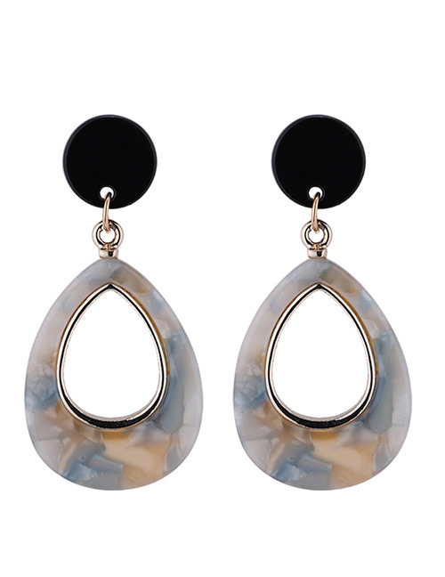 Fashion Beige Waterdrop Shape Decorated Earrings