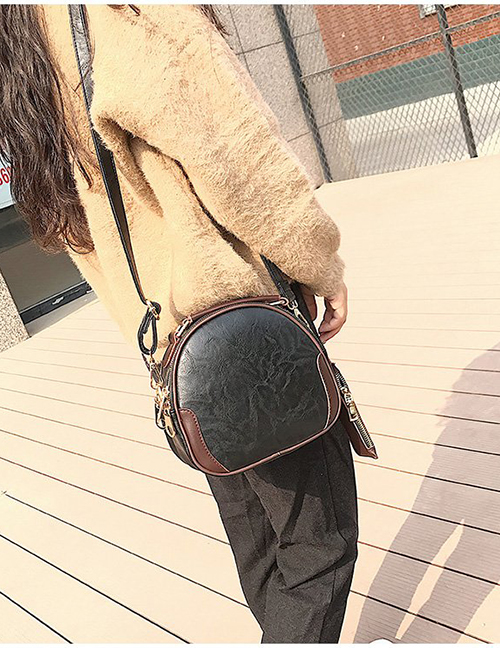 Fashion Black Round Shape Decorated Shoulder Bag