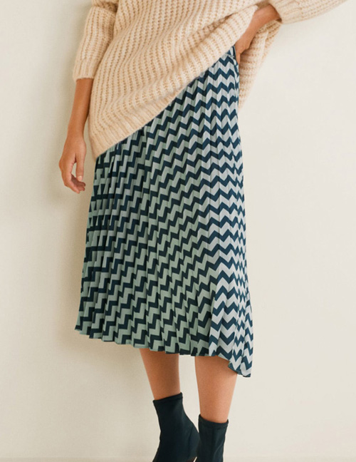 Fashion Green Wave Shape Pattern Decorated Skirt