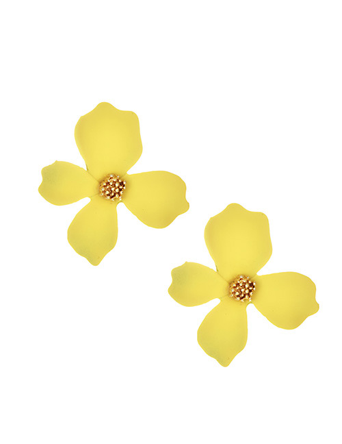 Fashion Yellow Alloy Large Flower Earrings