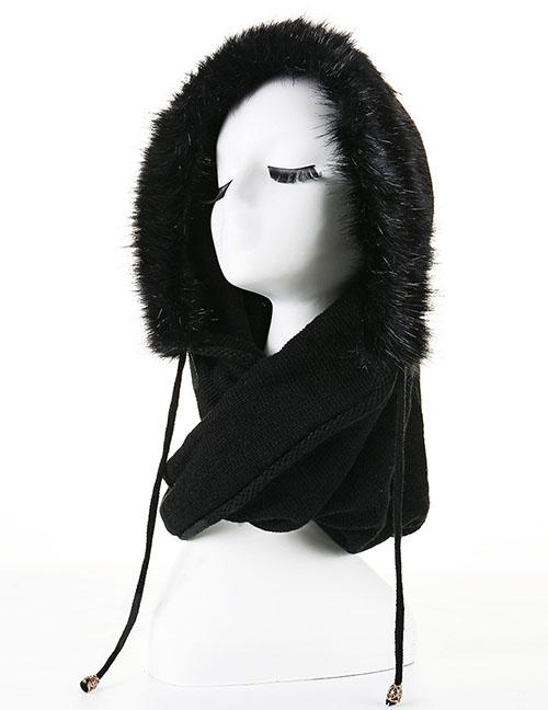Fashion Black Bib And Fleece Cap