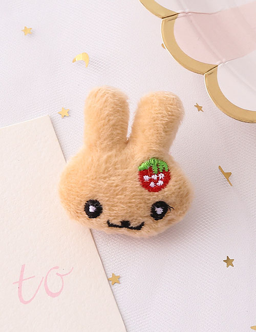 Fashion Strawberry Bunny Strawberry Bunny Plush Embroidered Brooch