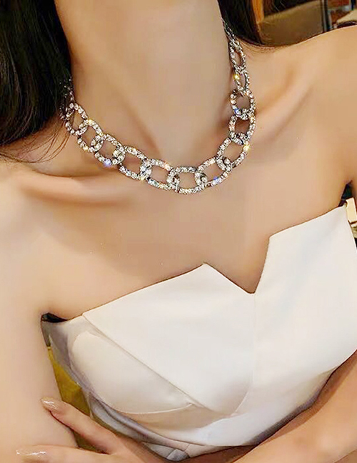 Fashion Silver Thick Chain Diamond Alloy Hollow Necklace